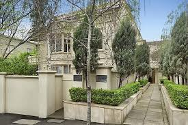 moving to a nice south yarra home